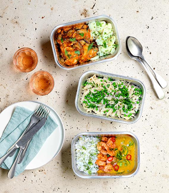 gezonde foodbox met 3 gerechten in meeneemverpakking